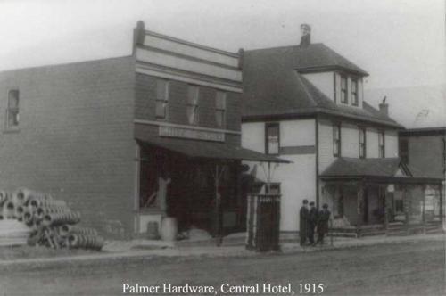 Palmer Hardware & Central Hotel 1955